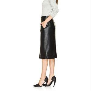NWOT Aritzia Babaton JAX vegan leather skirt